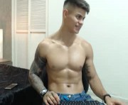 Live Sex With marko_toro