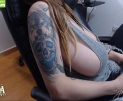 Live Sex With yesikasaenz