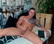 Live Sex With chuckie_williams