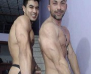Live Sex With latinmuscle_boys