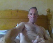 Profile picture of hornytomuk1