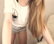 Live Sex With lilpoison_ivy